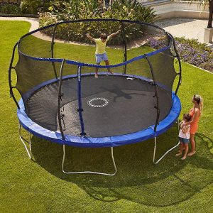 Solid prosperity for spring free trampoline